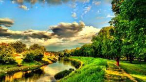 Парк у Петровцу и река Млава